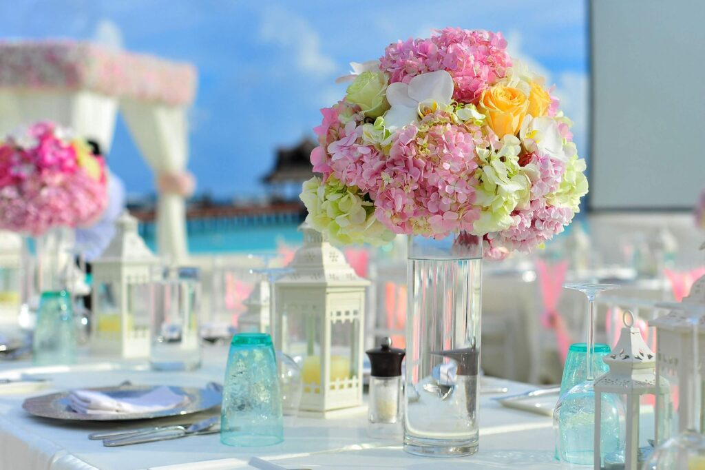 Dekoráció nyári esküvőre