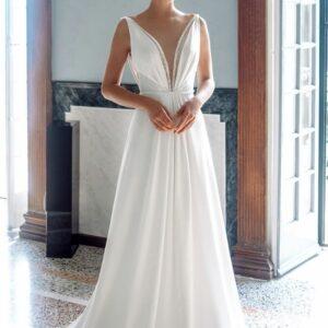 Fehér, chiffon, szatén egyenes menyasszonyi ruha 1