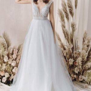 Fehér, vállpántos A vonalú menyasszonyi ruha