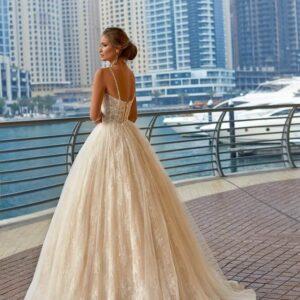 Karamell csipke és tüll menyasszonyi ruha 1