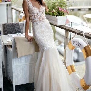 Karamell, tüll és csipke sellő menyasszonyi ruha 1