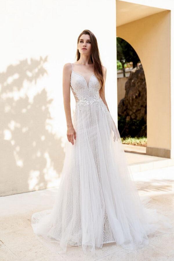 Karcsúsított, tüll menyasszonyi ruha 1