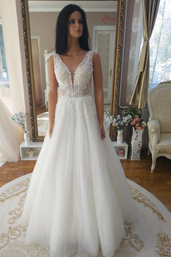 Vállpántos, csillámos tüll menyasszonyi ruha 1Vállpántos, csillámos tüll menyasszonyi ruha 1
