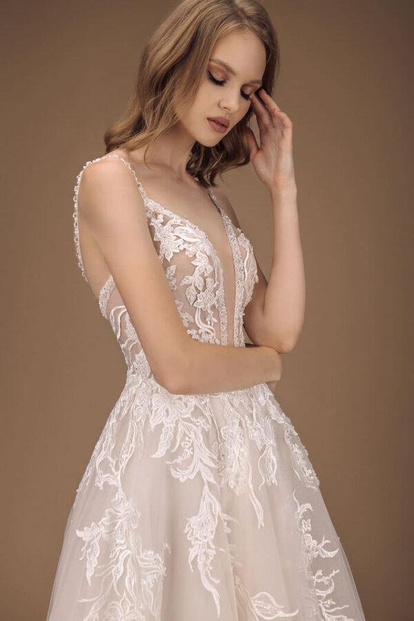 Light cappuccino, vállpántos A-vonalú menyasszonyi ruha 1