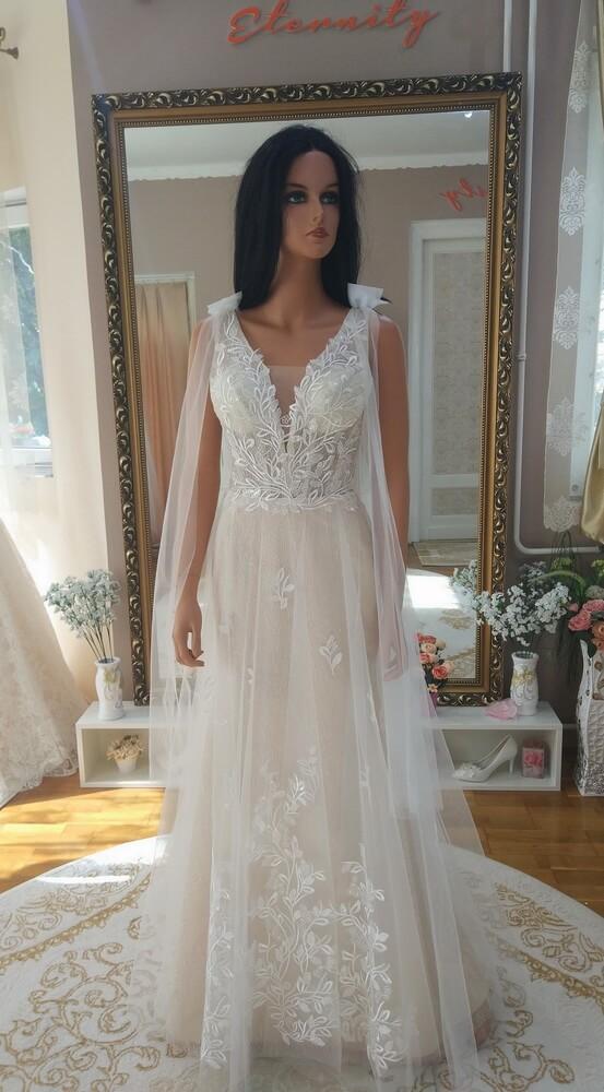 Cappuccino- csillamos-karcsusitott- menyasszonyi ruha-1