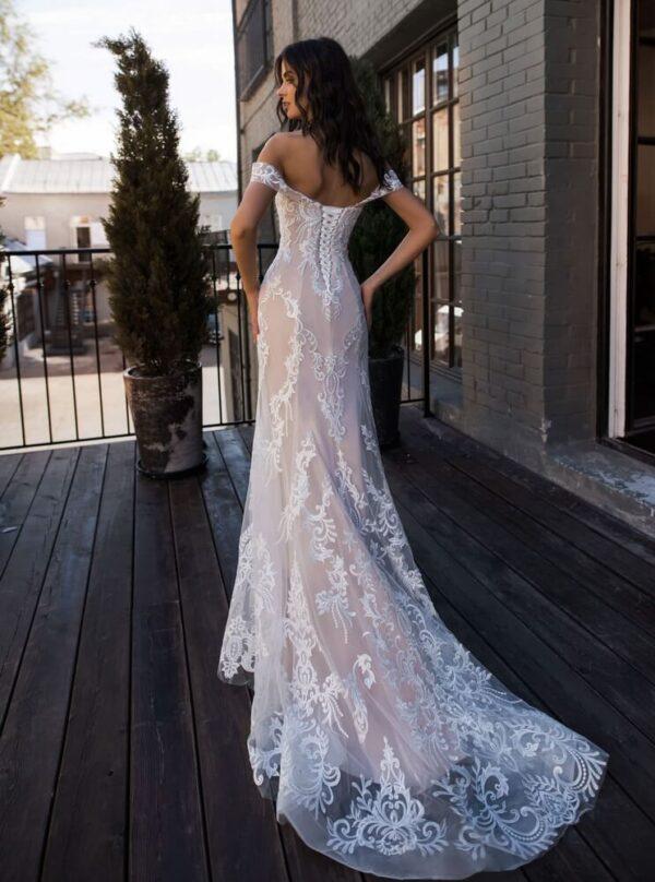 Púder félsellő menyasszonyi ruha