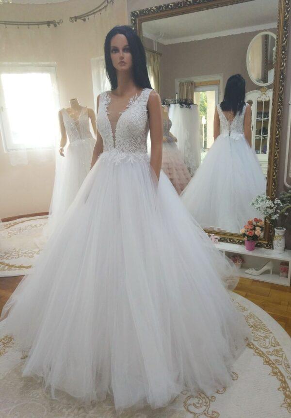 Hófehér, illúzótüllös, A vonalú menyasszonyi ruha