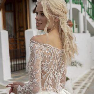 Tört fehér, düsszesz, ujjas menyasszonyi ruha 1