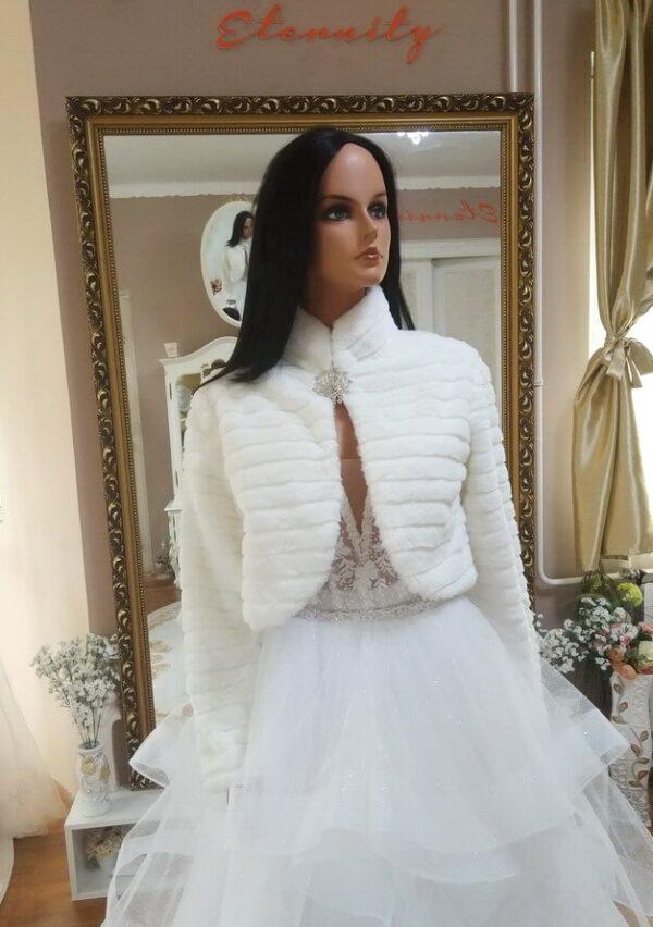 Menyasszonyi kabát 2