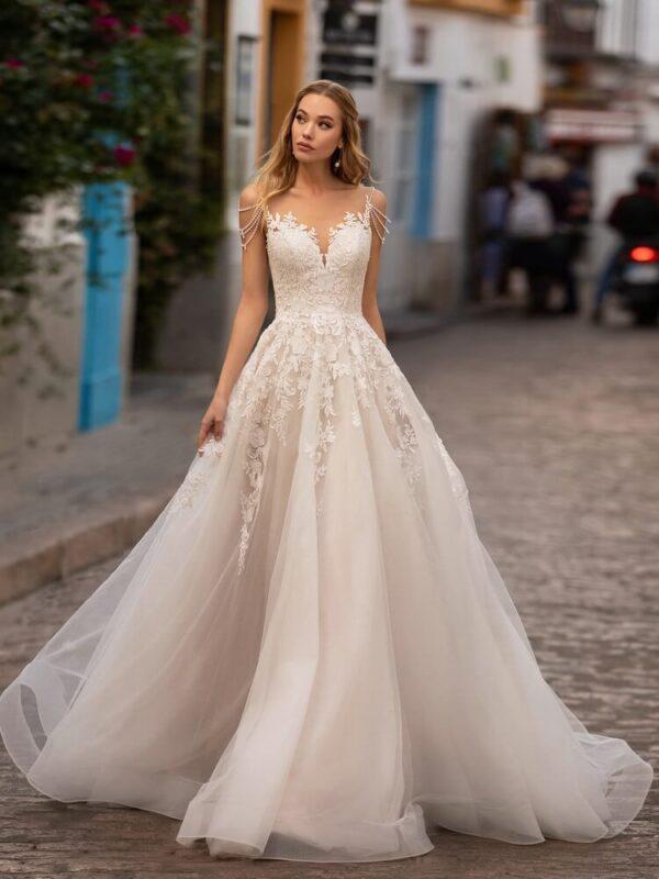 a-vonalu-light-puder-tull-viragos-menyasszonyi-ruha-