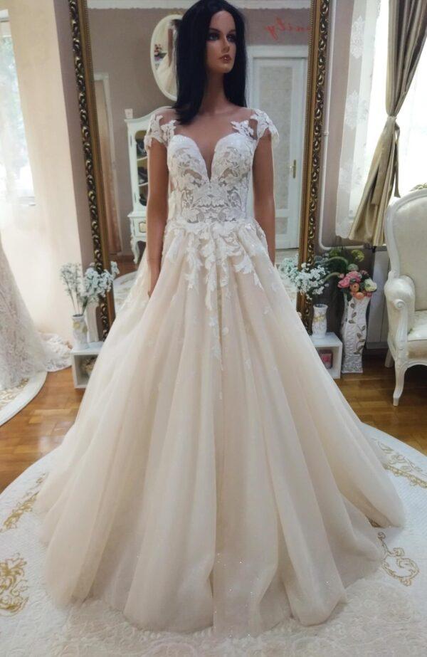 cappuccino-tull-a-vonalu-menyasszonyi-ruha-1