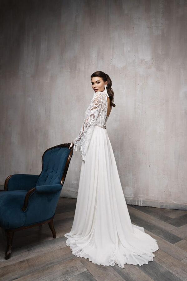 feher-lagyesesu-csipke-es-chiffon-menyasszonyi-ruha-1