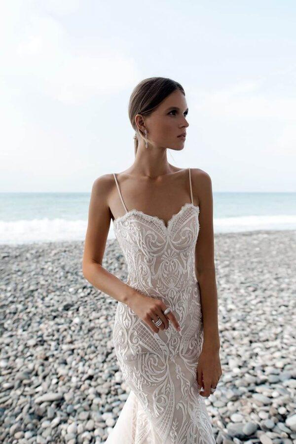 karamell-csipke-tull-sello-menyasszonyi-ruha-1