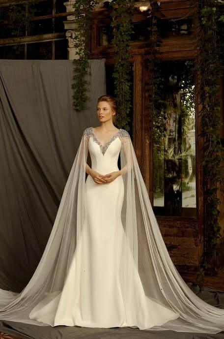 selyem-menyasszonyi-ruha-lecsatolhato-stolaval-1