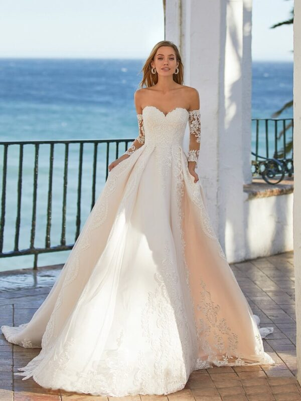szaten-tull-a-vonalu-menyasszonyi-ruha-1