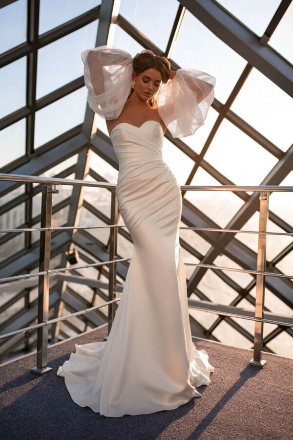szaten-vallpantos-sello-menyasszonyi-ruha-1