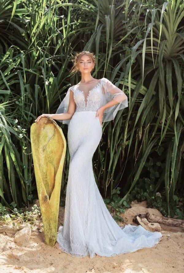 feher-csillogo-vallpatos-karcsusitott-menyasszonyi-ruha-1