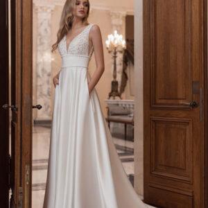 Dusszesz-vallpantos-uszaly-nelkeli.menyasszonyi-ruha-1