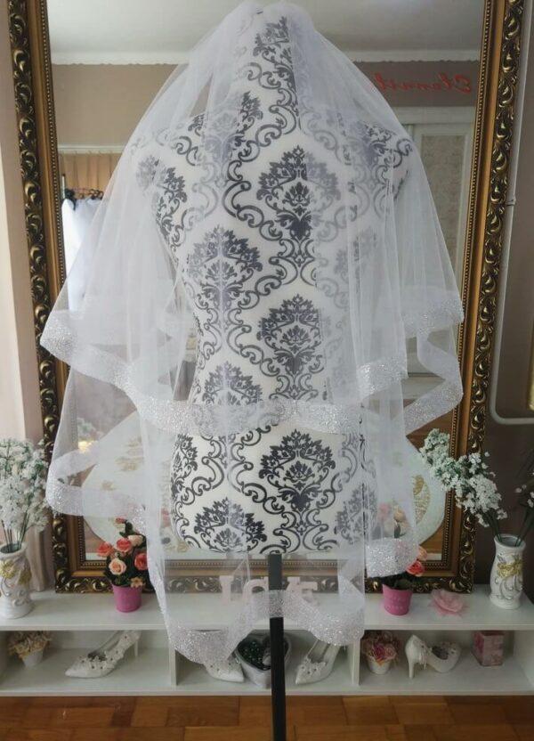 Menyasszonyi fátyol 45