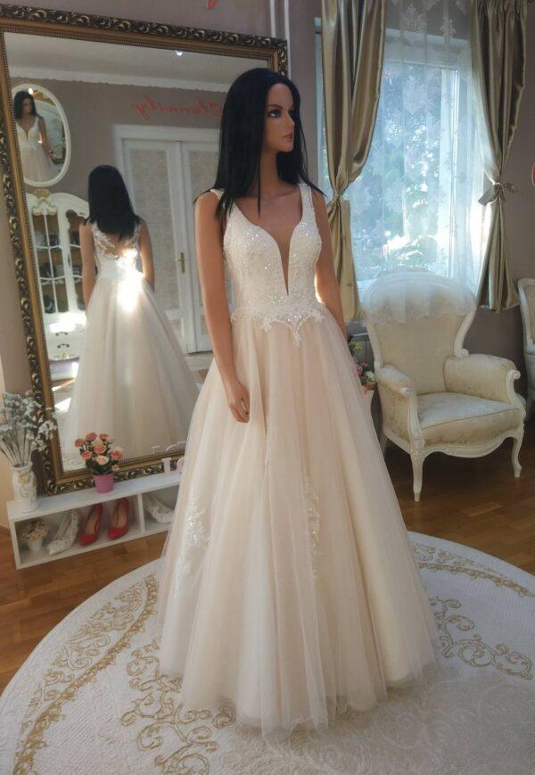 Cappuccino-tull-csipke-menyasszonyi-ruha-1