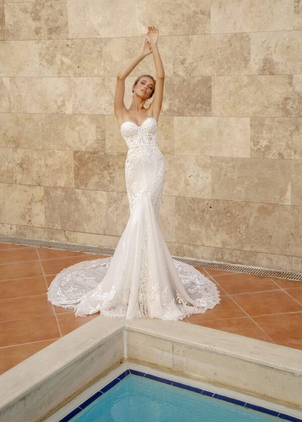 Feher-sello-menyasszonyi-ruha-1