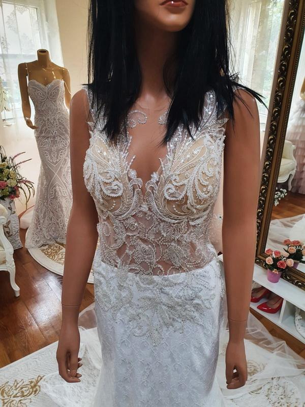 Illuzio-tullos-tort-feher-csipke-sello-menyasszonyi-ruha-4