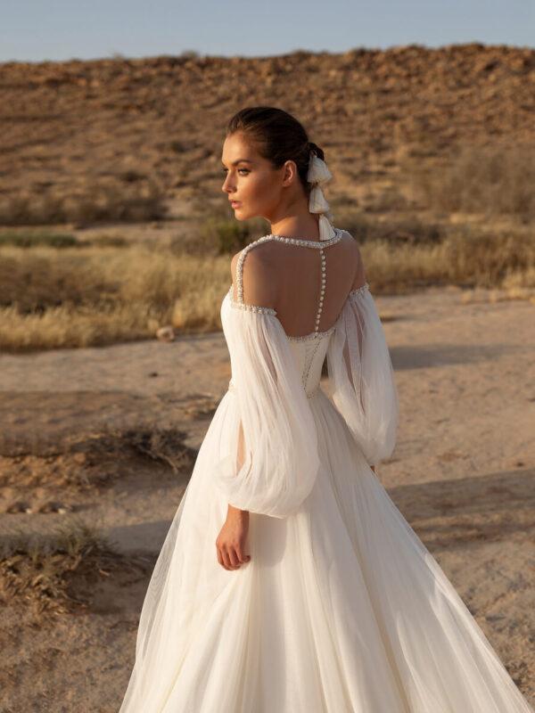 Lagy-organza-ujjas-menyasszonyi-ruha-1