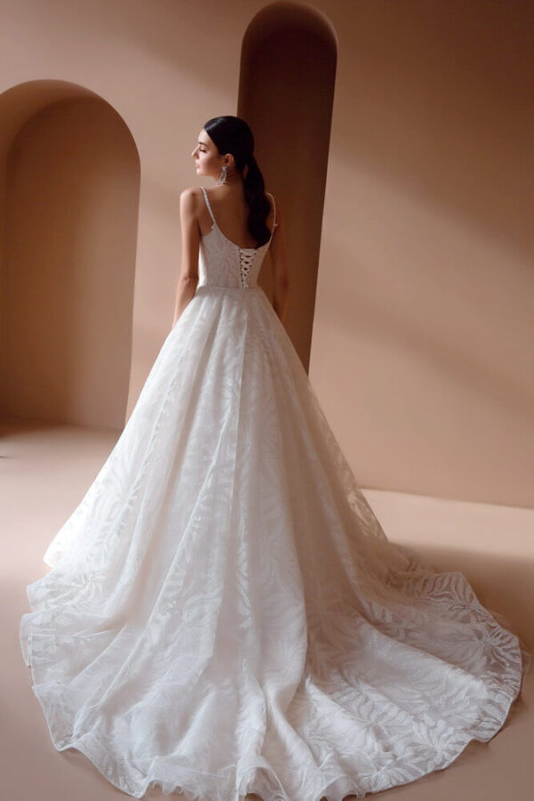csillamlő-light-puder-menyasszonyi-ruha-1