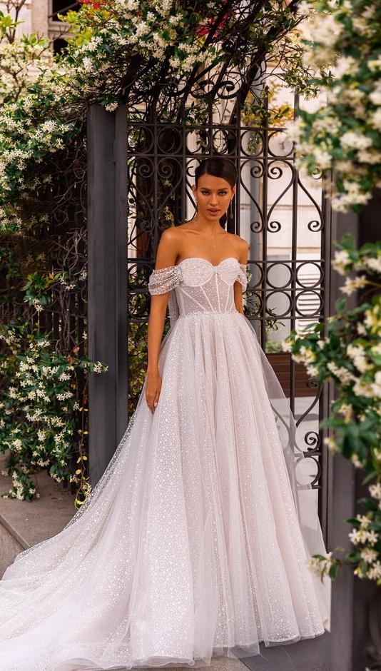 feher-attetszo-csillamlo-tull-menyasszonyi-ruha-1