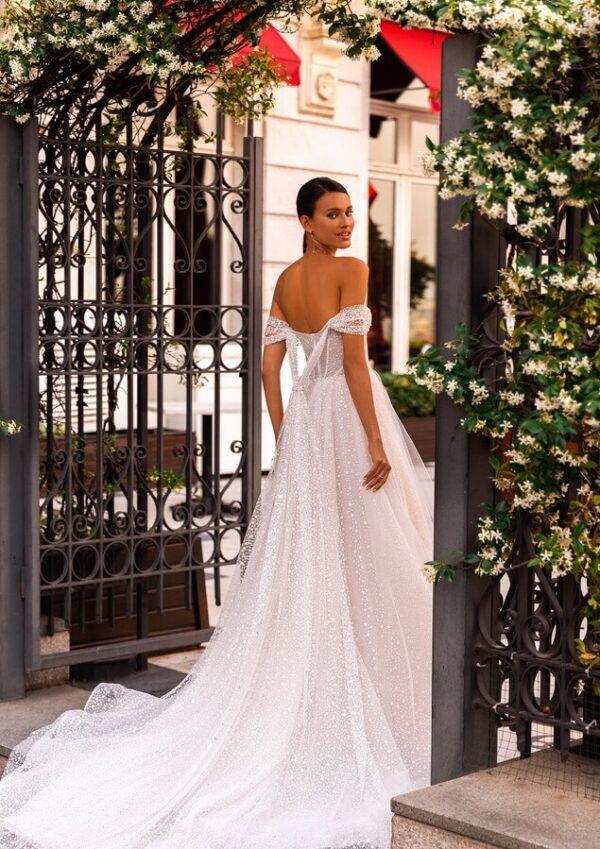 feher-attetszo-csillamos-tull-menyasszonyi-ruha-1