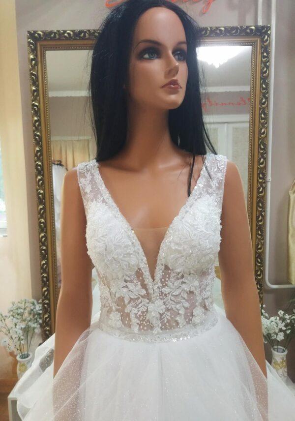 fodros-hullamos-csillamlo-vallpantos-menyasszonyi-ruha-1